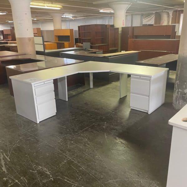 Corner L-Shaped Desk