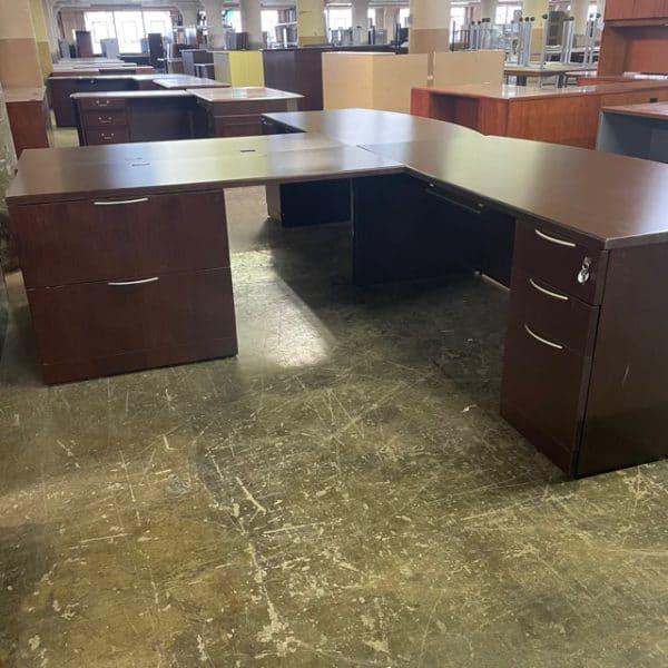 Knoll L-Shaped Desk