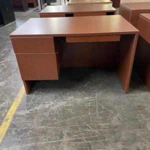 Lacasse Single Pedestal Desk